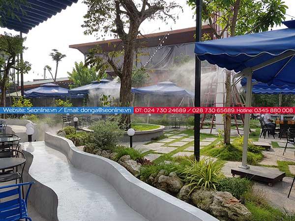 Phun-suong-lam-mat-tao-canh-quan-quan-caffe-lee-garden2