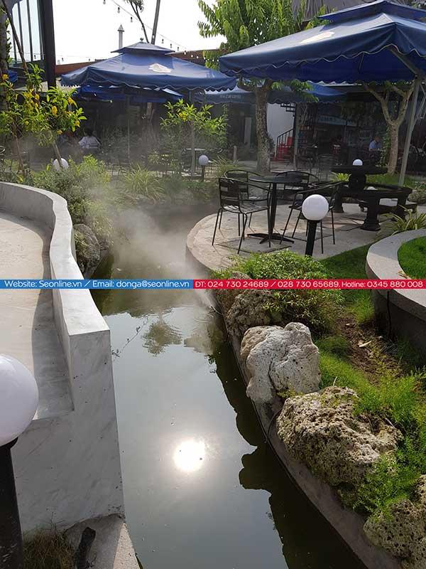 Phun-suong-lam-mat-tao-canh-quan-quan-caffe-lee-garden5