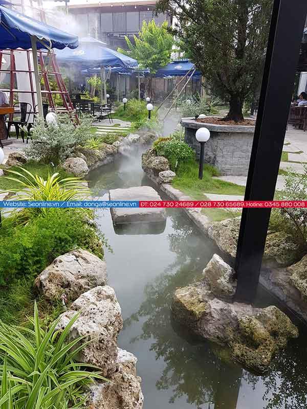 Phun-suong-lam-mat-tao-canh-quan-quan-caffe-lee-garden6